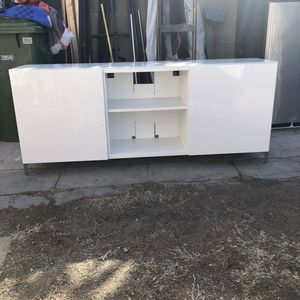 Tv Stand IKEA for Sale in Inglewood, CA
