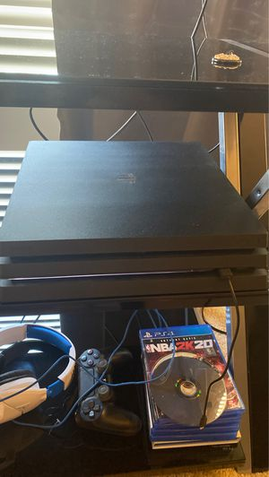 PlayStation 4 pro for Sale in Garrison, MD