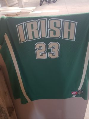Le Bron James high school Jersey 2xl 2003 for Sale in Akron, OH