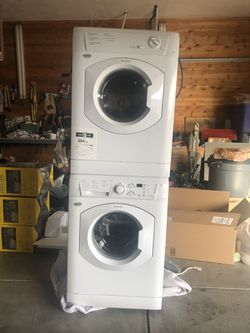Stackable Washer And Dryer. Artison Splendide for Sale in Spokane, WA