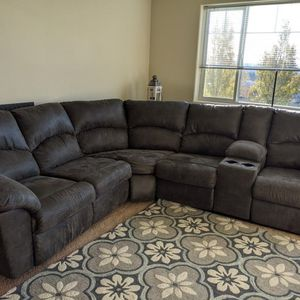 Reclining Sectional Couch for Sale in Clackamas, OR