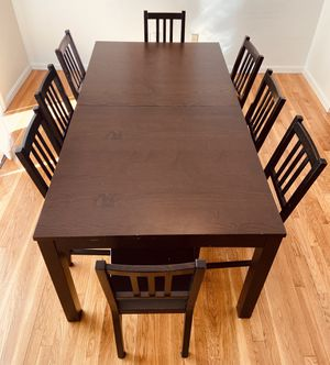Extendable Dining Table+ 8 Chairs for Sale in Brookline, MA