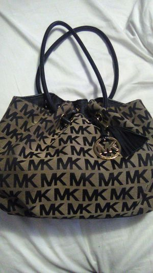 Michael kors bag for Sale in Indianapolis, IN