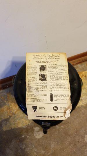 PERFECTION Kerosene Burning portable heater for Sale in Delaware, OH