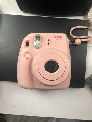 Fujifilm Polaroid camera with carrying bag for Sale in Orlando, FL
