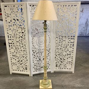 Greenery Painted Floor Lamp for Sale in Forney, TX