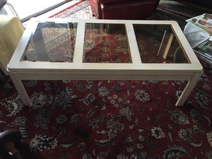 Coffee table, end tables + 2 lamps $100 for Sale in Oakland Park, FL