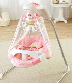 Fisher Price Butterfly Garden Cradle Swing for Sale in Los Angeles, CA