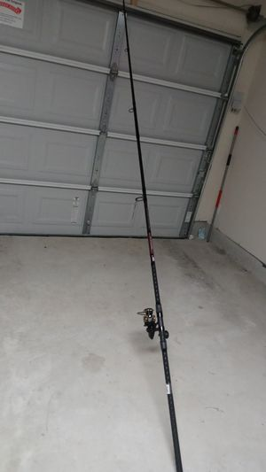 Penn 12ft surf combo for Sale in San Antonio, TX