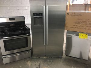 Various top of the line appliances for sale FLOOR MODELS & SCRATCH N DENT for Sale in East Orange, NJ