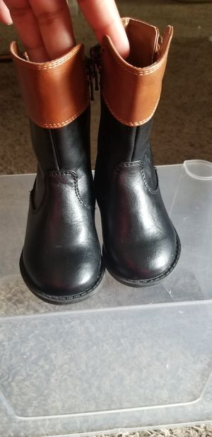 Baby girl boots for Sale in Midland, TX