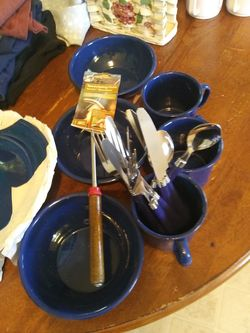 Coleman camping dishes and silverwear with accessories NEW!!! for Sale in Salem,  VA
