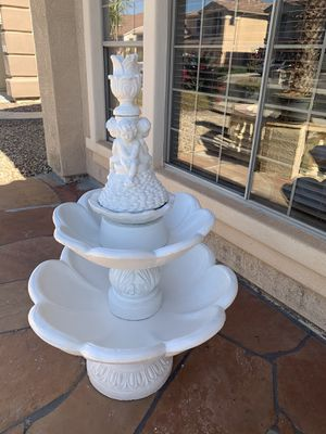 Water Fountain 5ft for Sale in Litchfield Park, AZ