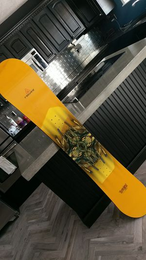 Freesport Evolution CarbonPowered Snowboard 165 CM for Sale in Mesa, AZ