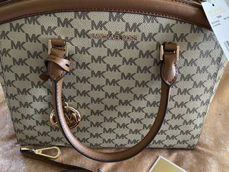Michael Kors Purse for Sale in Ontario,  CA