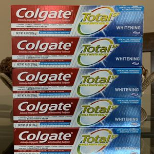 Colgate Toothpaste Bundle for Sale in Las Vegas, NV