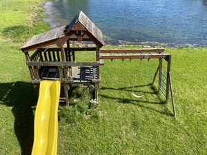 Free children's playscape. For parts or lots of tlc for Sale in Belleville, MI