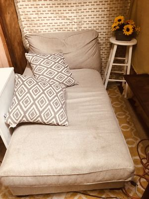Comfy chair with pillows desk bar stool moving must sell for Sale in Morgan Hill, CA