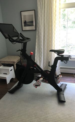 Peloton Bike - hardly used, 2016 model, women's shoes size 40 included. Available for pickup. for Sale for sale  Cresskill, NJ