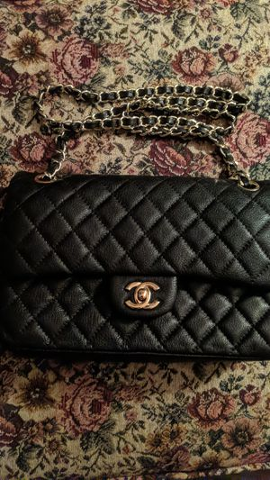 Chanel Flap Bag Women's Purse for Sale in Barstow, CA