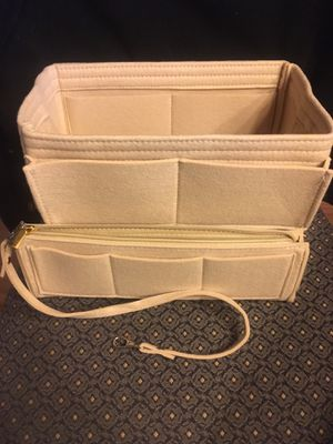 Purse tote Medium insert shaper for many bags PM for Sale in Carmel, IN