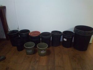 Smart pots set of 30 growing pots for Sale in Cudahy, CA
