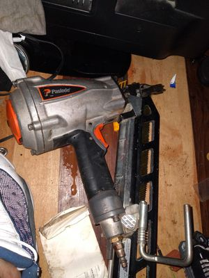 Nail gun in great condition for Sale in Dallas, TX