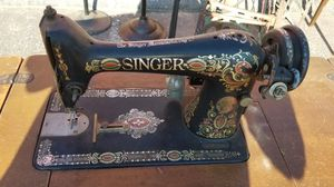 Singer sewing machine for Sale in Burlington, CT