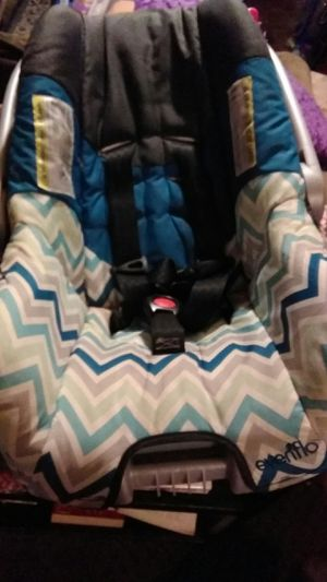 Evenflo stage 1 car seat for Sale in Smiths Station, AL