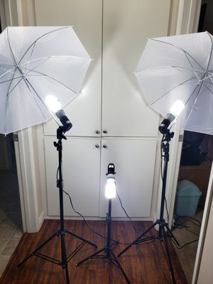 Photography Lighting Kit 600W for Sale in Ontario, CA