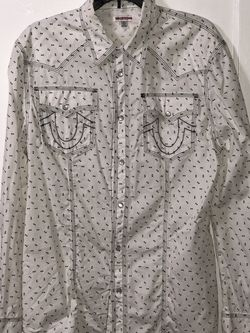 Large True Religion Shirt for Sale in Modesto,  CA