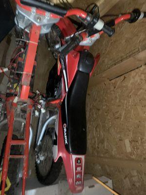 Dos motos eléctricas las baterías no sirven for Sale in Houston, TX