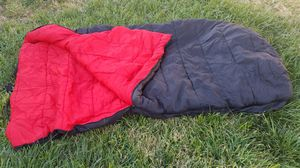 Large Dupont Hollofil ll sleeping bag for Sale in City of Industry, CA
