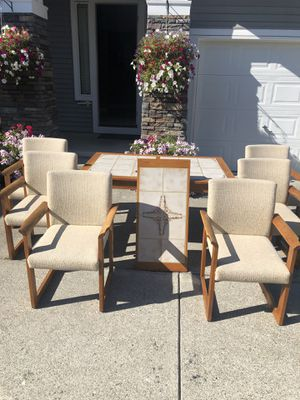 Heavy duty table with a leaf and 6 chairs. for Sale in Auburn, WA
