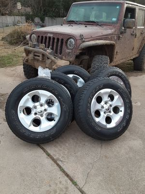 Jeep Wheels/ Tires for Sale in Fort Worth, TX