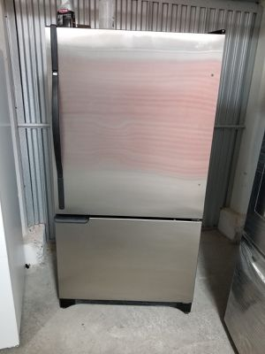 Amana Refrigerator for Sale in Peabody, MA