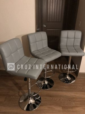 New 3 gray stools. for Sale in Orlando, FL