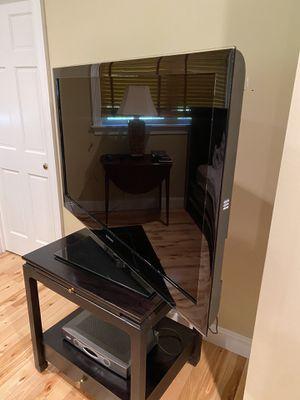 """52"""" Samsung TV for Sale in Cabin John, MD"""