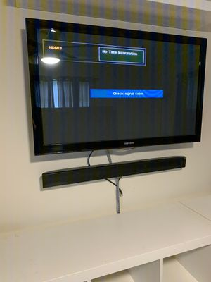 Tv + sound bar ! for Sale in Deerfield Beach, FL