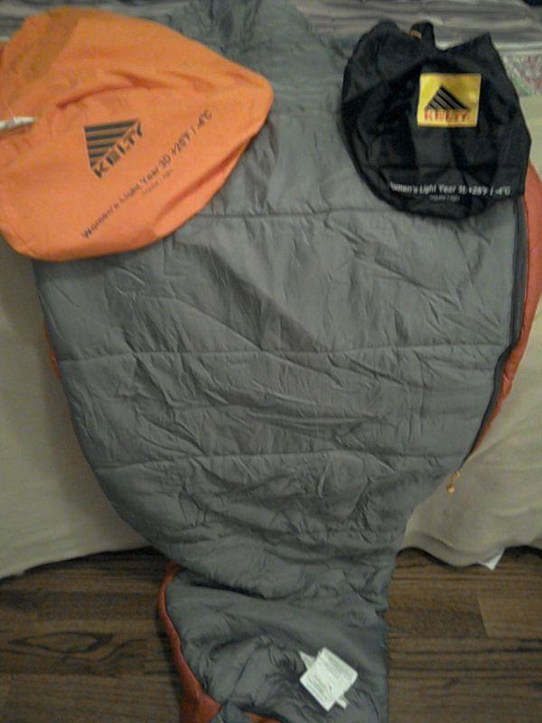 Kelty Light Year 3D +25 F degree / 4 C Women's sleeping bag, like new!