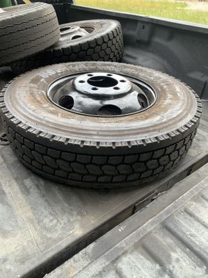 3 wheels wheel 11r22.5 with rims rim 16 pl for Sale in Kent, WA