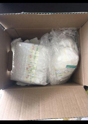 Newborn diapers for Sale in Hialeah, FL