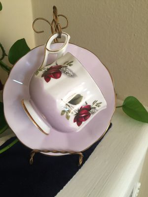 Elizabethan Bone China Teacup and Saucer for Sale in San Francisco, CA