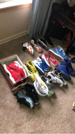 Selling Shoes for Sale in Flint, MI
