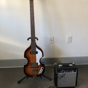 Hofner Bass Guitar W/ Amp for Sale in Richmond, VA