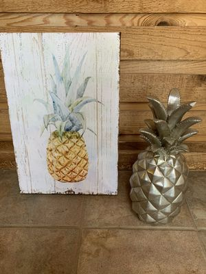 Pineapple Bathroom or Kitchen Decor for Sale in Portland, OR