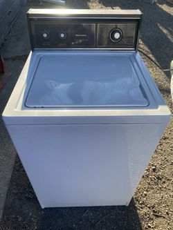 Washer  for Sale in Spokane, WA