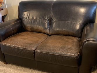 Love Seat Leather Couch for Sale in Rocky River,  OH