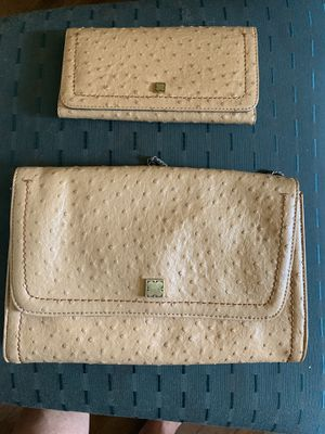 Liz Claiborne cross body purse and matching wallet never used ostrich (looking )leather $85 for Sale in Winter Haven, FL