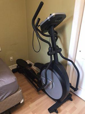 Sole E20 Fitness Elliptical for Sale in Hialeah, FL